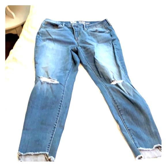 Mossimo Supply Co. Denim - Light wash denim jeans